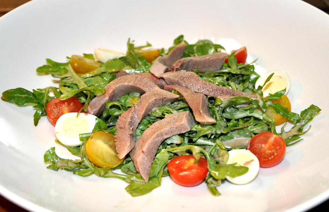 Салат с языком для ресторанов